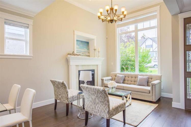 4-Bedroom Duplex for Rent in Burnaby - Living Area