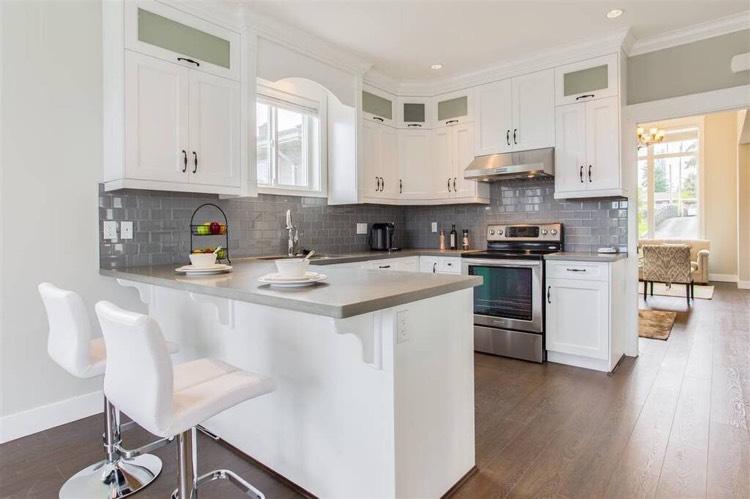 4-Bedroom Duplex for Rent in Burnaby - Kitchen