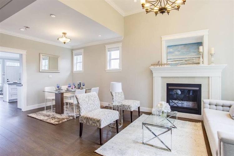 4-Bedroom Duplex for Rent in Burnaby - Living Room