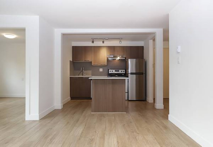 North Vancouver Apartment Rental 110 E Kings Rd
