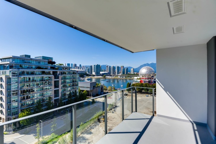 Navio Olympic Village Apartment for Rent Vancouver Balcony