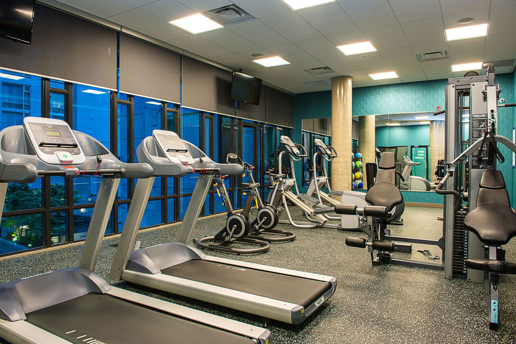 Residences at Hotel Blu Apartment for Rent Gym