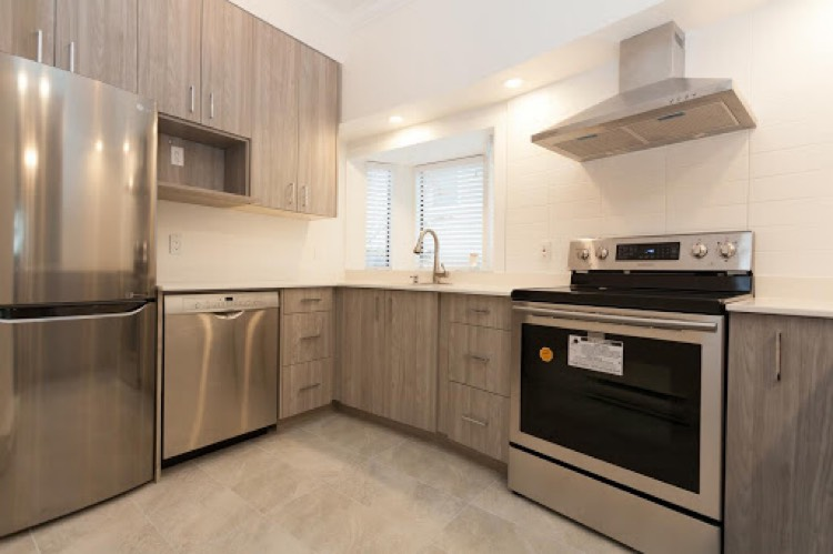 Apartment for Rent 1375 West 10th Vancouver