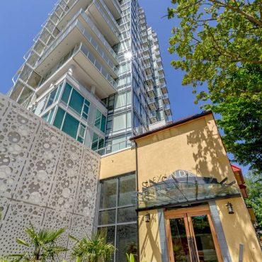 Bidwell Apartment Building Vancouver