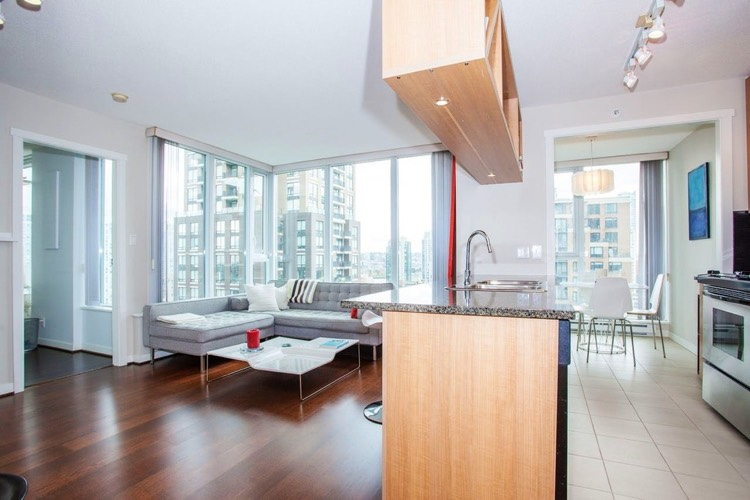 Apartment for Rent in The Gallery 1010 Richards St Vancouver Open Concept