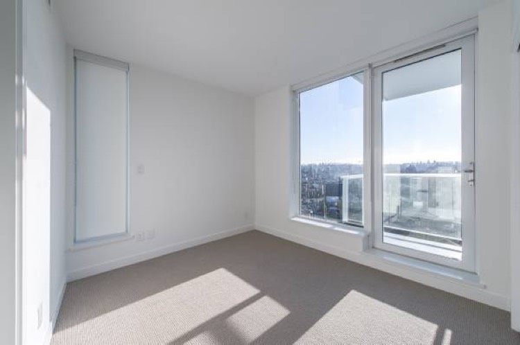 Apartment for Rent Kingsway Vancouver - Kensington Gardens 4638 Gladstone St - 8