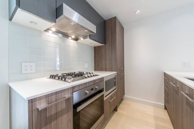 Apartment for Rent Kingsway Vancouver - Kensington Gardens 4638 Gladstone St - 2