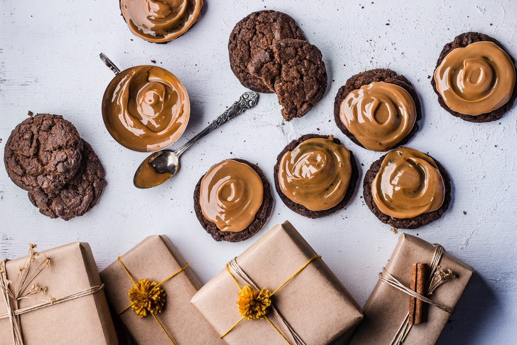 Gift-wrapped Chocolate Cookies