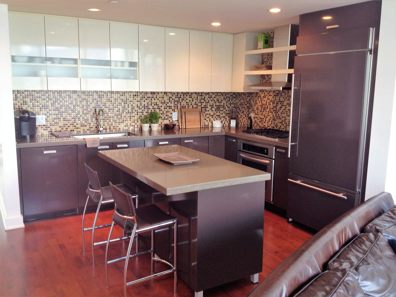 Apartment for Rent in Flat Iron 1277 Melville Street Vancouver - Kitchen