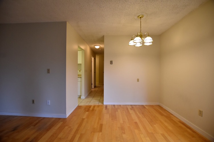 Pine Place apartment for rent Lower Shaughnessy Vancouver Dining