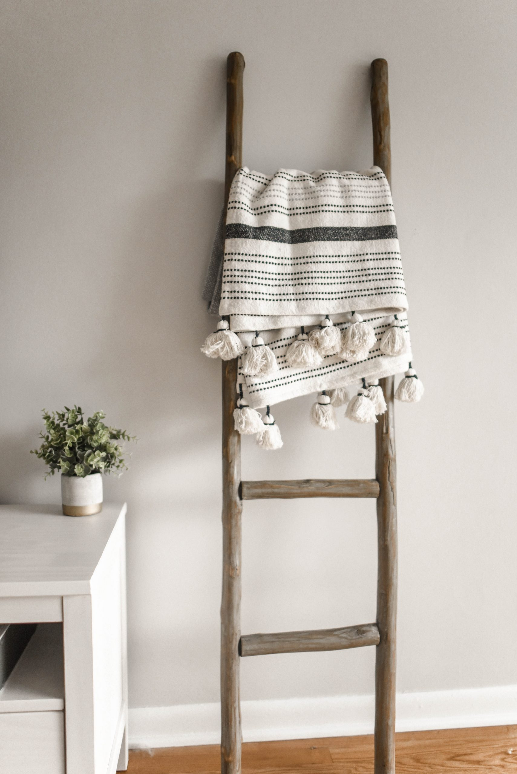 Rustic Wood Bathroom Towel Ladder