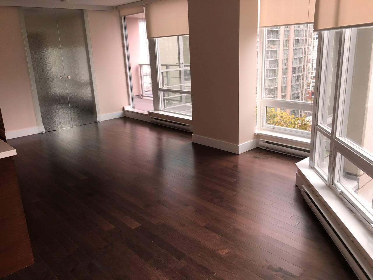 Dolce Tower Vancouver 2 Bedroom Apartment - Open Concept Living Area