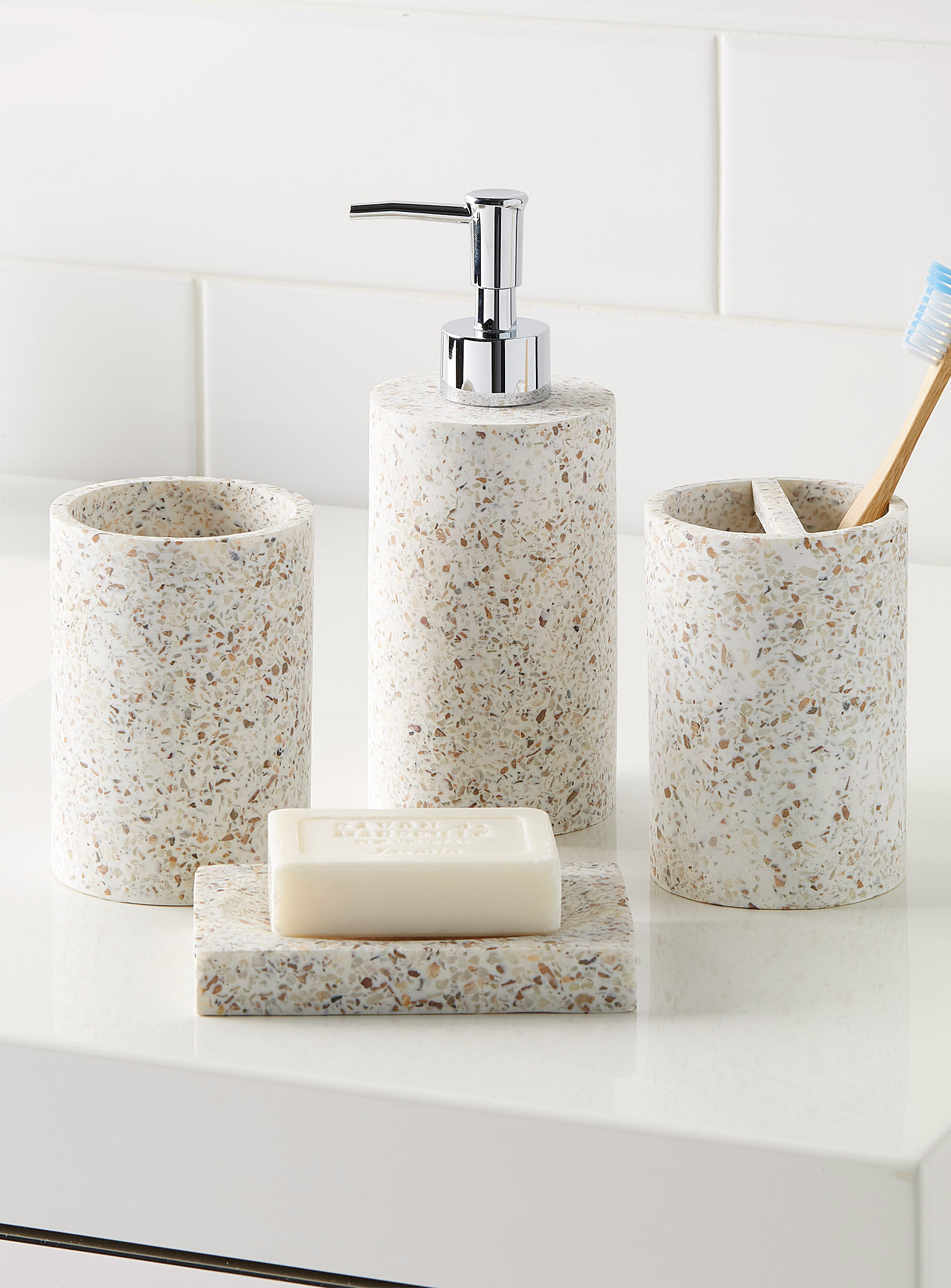 Modern Bathroom Soap and Toothbrush Storage Containers
