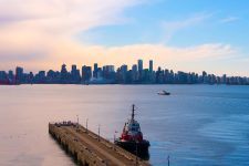 lonsdale, vancouver, downtown, city
