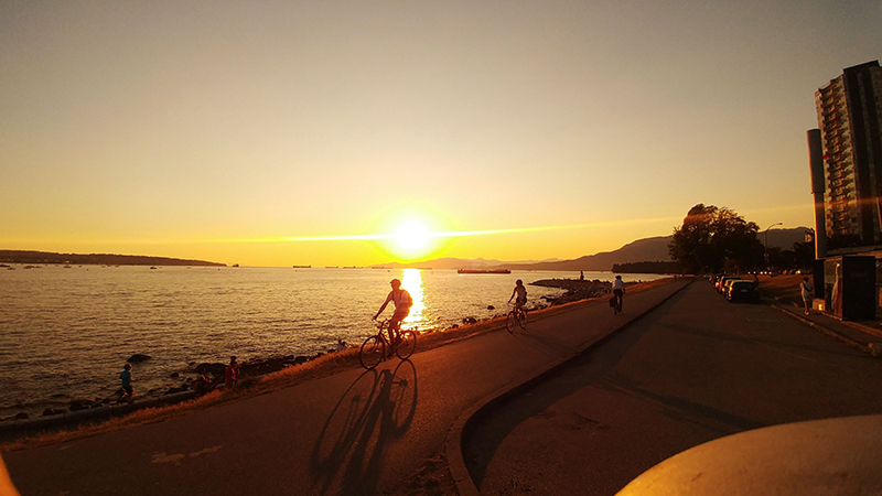 seawall, vancouver, bike, hike, summer