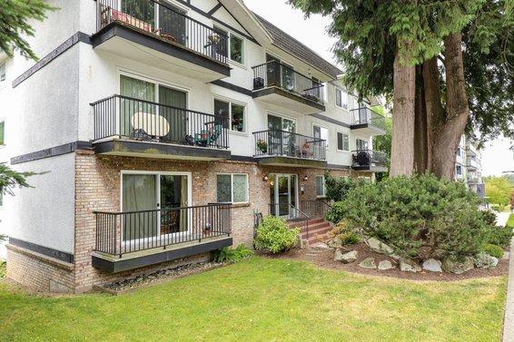 157 21st Street E, North Vancouver
