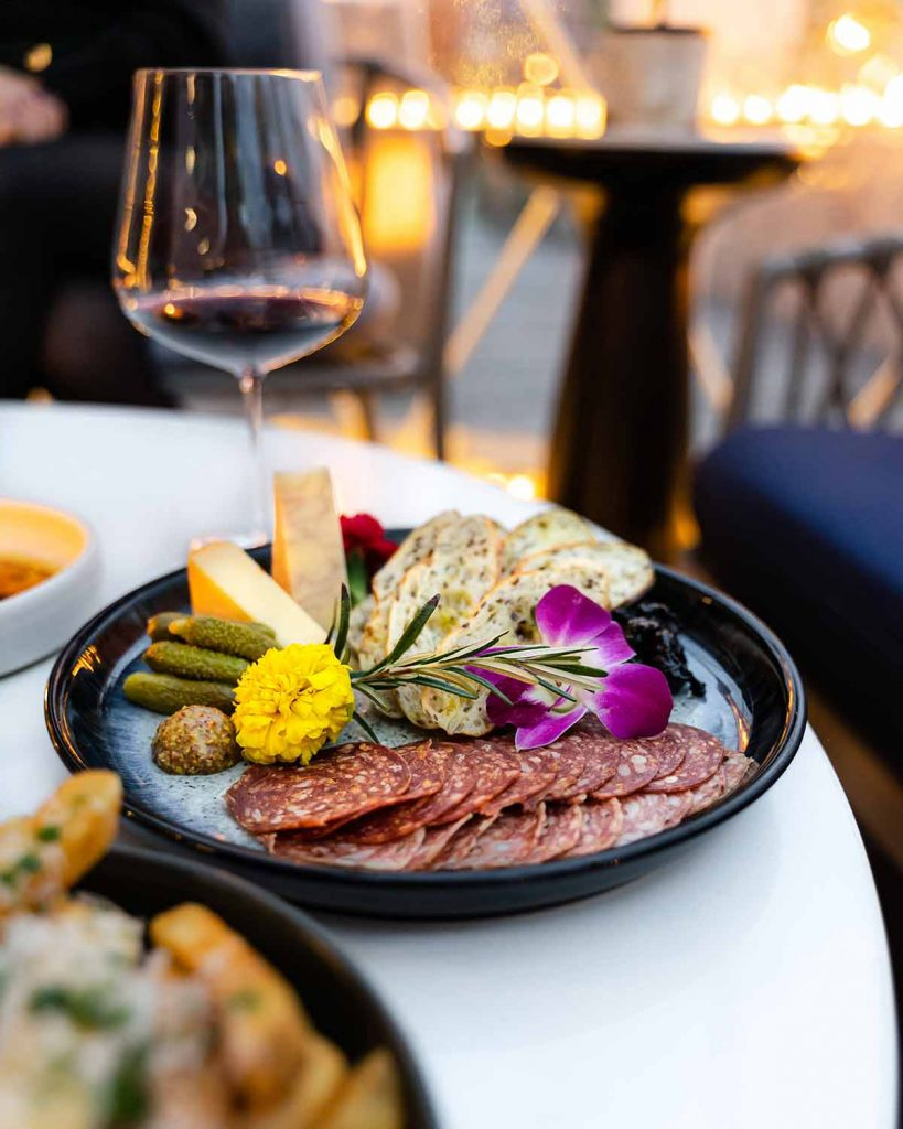 eat at the h tasting lounge at westin bayshore vancouver