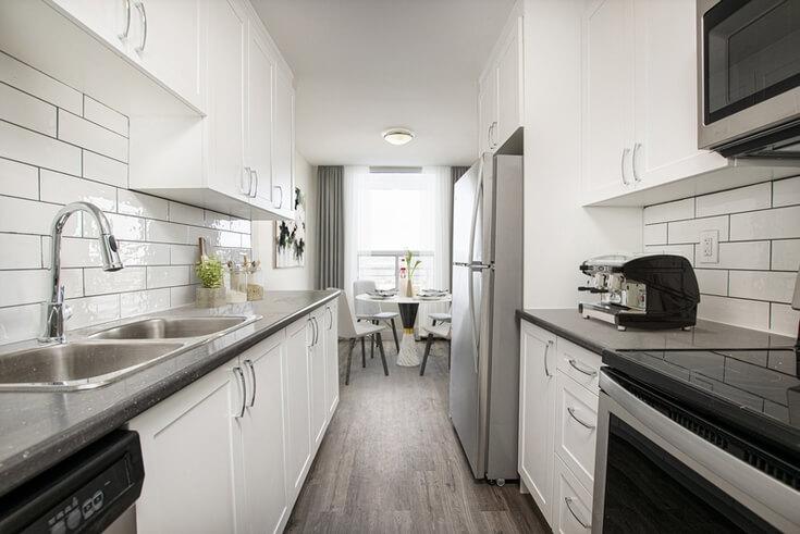 Cheap apartment for rent in Brampton Toronto.